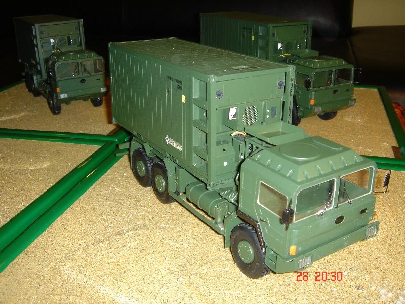 Katonai konténeres hűtőkocsi 1:35