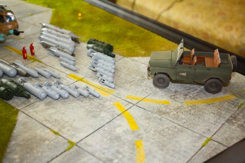 Katonai dioráma jármű makett